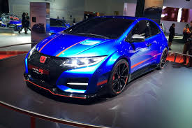 honda civic type r honda civic type r 2015 goes on sale details and specs just