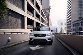 2019 volvo xc40 preview news cars com