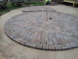 Circular Paver Patio Mid Way Through The Circular Patio Construction Using Anchor