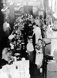 history of thanksgiving dinner thanksgiving dinner at the ringside bar on franklin street in