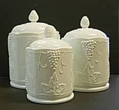 Glass Canister Sets For Kitchen by 25 Best Glass Canisters Ideas On Pinterest Bulk Food Storage