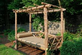 outdoor daybed idea diy wood rustic garden furnishings http