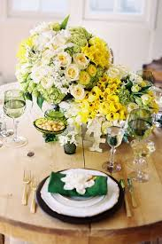wedding flowers questions to ask 10 questions to ask before booking your florist bridalguide