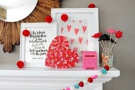 Homemade Valentine Decorations by Make This Cute And Easy Diy Valentine Craft Wood Button Heart