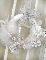 spectacular white christmas decoration ideas for a snowy fairytale