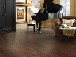 Does Laminate Flooring Need To Acclimate Hardwood Flooring Installation What To Expect Shaw Floors