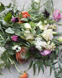How To Make Wedding Bouquet How To Arrange Your Own Eclectic Bouquet Rustic Wedding Chic