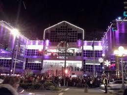 season decorations picture of bellevue square bellevue