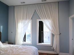 Should Curtains Go To The Floor Decorating Let S Make A Floor To Ceiling Curtain Hometalk