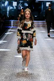 discover the hair show discover videos and pictures of dolce gabbana fall winter 2017