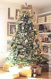 Xmas Tree Decorations Images 25 Unique Christmas Tree Decoration Ideas Pictures Of Decorated