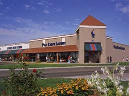 stores opening thanksgiving for shopping frenzy at