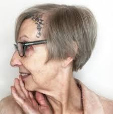 Einfache Kurzhaarfrisuren Frauen by Die Besten Frisuren Und Haarschnitte Für Frauen über 70 Haar