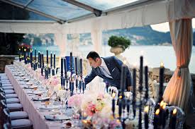 wedding designer tips to find a wedding planner abcrnews