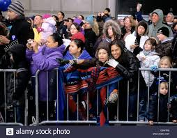 macy s thanksgiving day parade crowd of on the