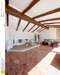 Wohnzimmer Einrichten Sch Er Wohnen Uncategorized Geräumiges Moderne Einrichtung Und Best Holz Decke
