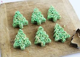 christmas tree rice krispies treat pops easy holiday treat idea
