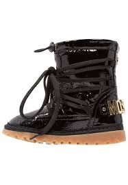 sale boots in uk moschino boots uk sale check out the selection 61