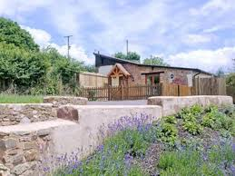 Holiday Barns In Devon Little Clyst William Farm Cottages Orchard View Barn Ref 27667