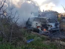 si e auto auchan rapina auchan trovata incendiata l auto dei rapinatori