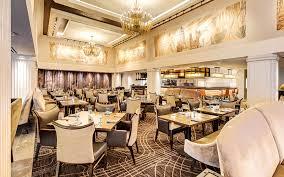 two distinctive restaurants in baton rouge watermark hotel
