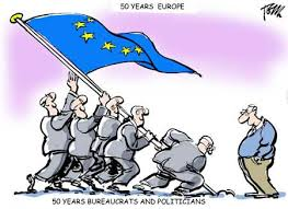 "Chiste gráfico: ""50 years Europe. 50 Years bureaucrats and politicians"""