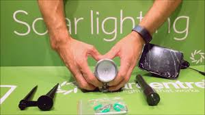 solar spot light reviews albany premium solar spotlight unboxing from solarcentre youtube