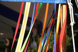 ribbon streamers diy ribbon streamers