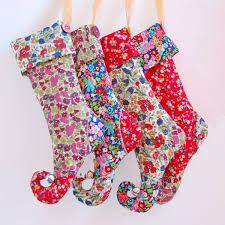 Christmas Stocking Decorations 20 Easy Diy Christmas Stocking Ideas Thegoodstuff