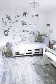 Pallet Bed Furniture Ideas 600 Best Unique Furniture Images On Pinterest Makeup Vanities