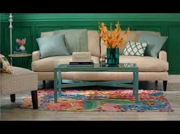 how to place throw pillows on a bed how to arrange couch pillows youtube