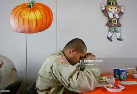 u s soldiers celebrate thanksgiving in iraq pictures getty images