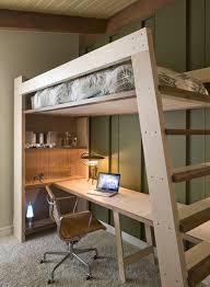 bureau de studio décoration de studio et lit avec mezzanine pour adulte avec bureau