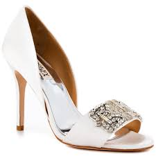 wedding shoes daily 10 reasons we badgley mischka s wedding shoe high