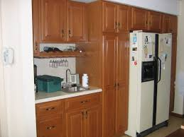 Oak Wood Kitchen Cabinets Fabulous Design Ideas Using Rectangular Brown Wooden Tables And