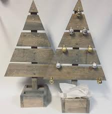 45 off beat pallet wood christmas tree ideas for a unique flair