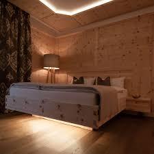 Schlafzimmer Aus Holz Kaufen Schlafzimmer Bett Boden Decke Aus Holz Wohnraum