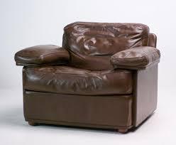 canap contemporain poltrona frau fauteuil vintage en cuir par tito agnoli pour poltrona frau en vente