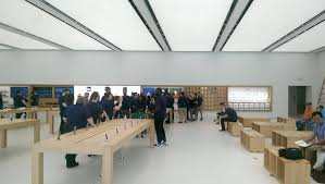 Apple Retail Jobs An Gets A Glimpse At The New Apple Store Coming To New York City