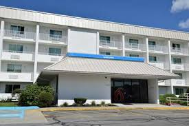 Comfort Inn Danvers Mass Pet Friendly Hotels In Danvers Massachusetts Accepting Dogs U0026 Cats