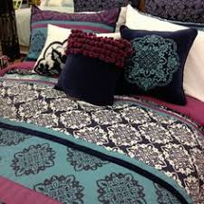 10 must have dorm room accessories bed sets dorm and hot pink
