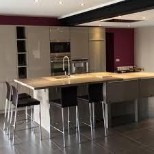 cuisine de marque table de cuisine avec plan de travail meuble cuisine avec table
