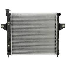 1999 jeep grand radiator replacement amazon com spectra premium cu2262 complete radiator for jeep