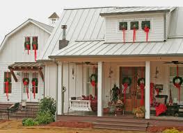 exterior christmas farmhouse u2014 mt carmel church lane