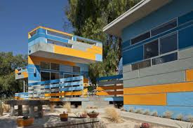 Design House La Home by This Los Angeles Home Explodes With Vibrant Colors Curbed