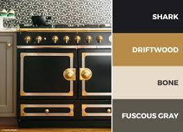 kitchen color schemes with black cabinets 30 captivating kitchen color schemes