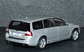 Volvo Station Wagon Estate 1 43rd Scale Die Cast Collection