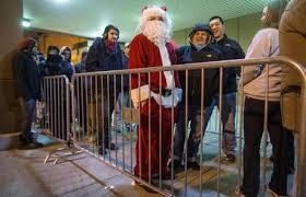 doors open target black friday black friday shoppers photo 8 of 25 pictures the boston globe
