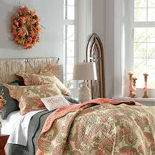 Flower Decoration For Bedroom Bedroom Décor Inspired By Fall