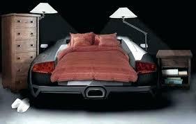 chambre voiture garcon lit en voiture pour garcon voyage voiture location enfant lit